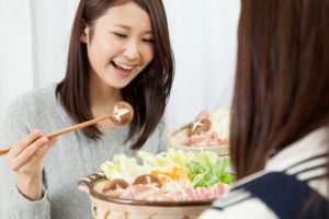 鍋やラーメンなど味の濃い料理には注意