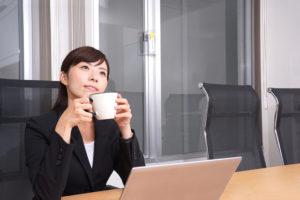 オフィス 冷え 温かい飲み物