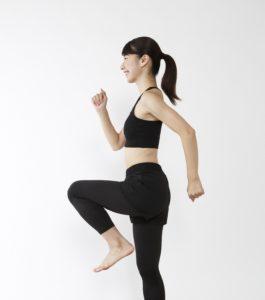 ダイエットに効果的な室内運動・もも上げ