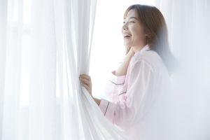 自律神経改善に朝日を浴びる