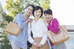 更年期障害とうまく付き合ている女性